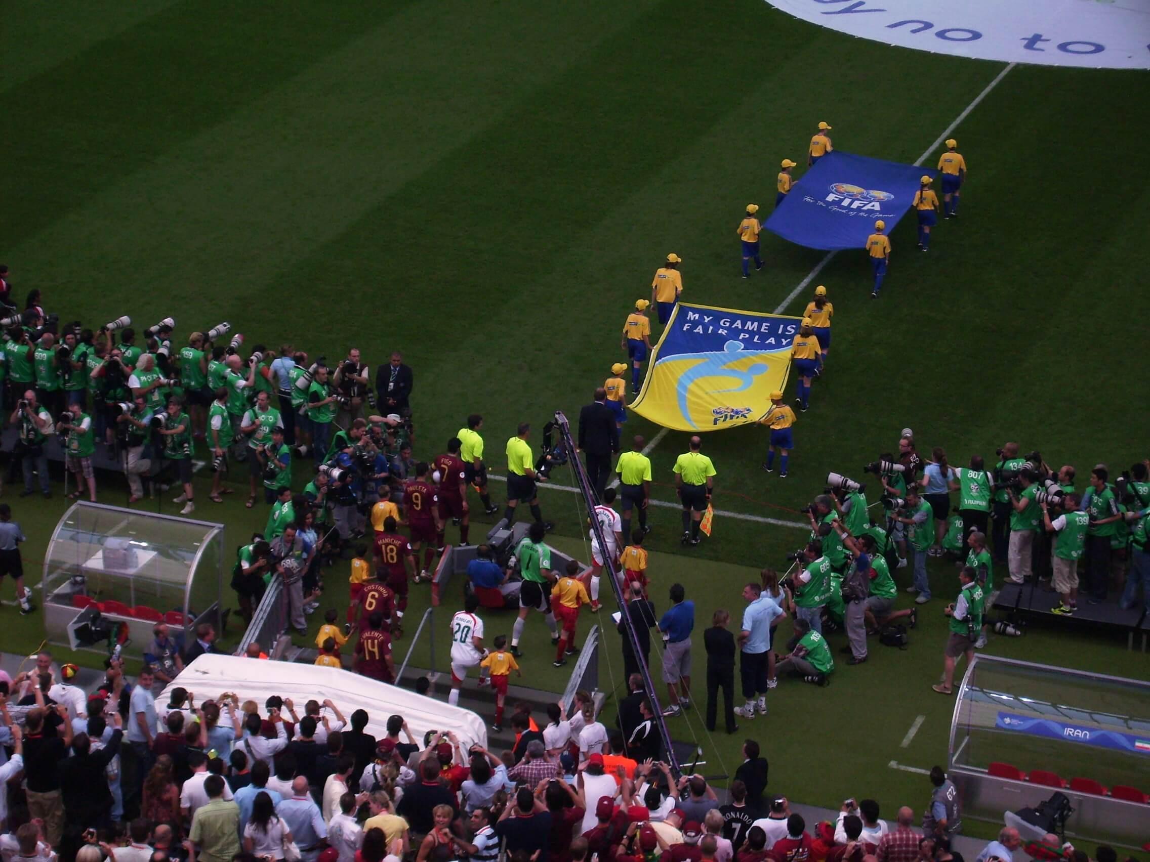Werbetechnik im Einsatz bei einem Fußballspiel in Frankfurt